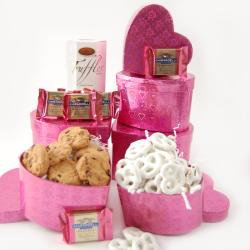 Nikki's Gift Baskets 'Be Mine' Heart Gift Tower