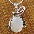Sterling Silver 'Illusion' Moonstone and Emerald Necklace (India)