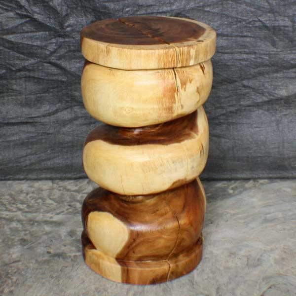 Monkey Pod Wood 22-inch Clear Oil Spiral Stool (Thailand)