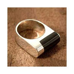 Sterling Silver 'Cosmopolitan' Obsidian Ring (Peru)