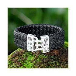 Sterling Silver Men's 'Tribal Warrior' Leather Bracelet (Indonesia)