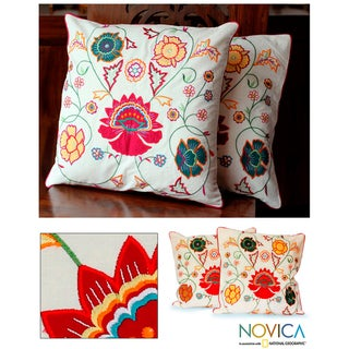 Cotton 'Eternal Spring' Cushion Covers (Set of 2) (India)