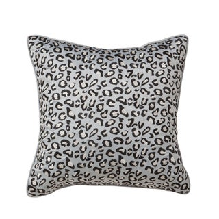 Dalya Leopard Decorative Throw Pillow