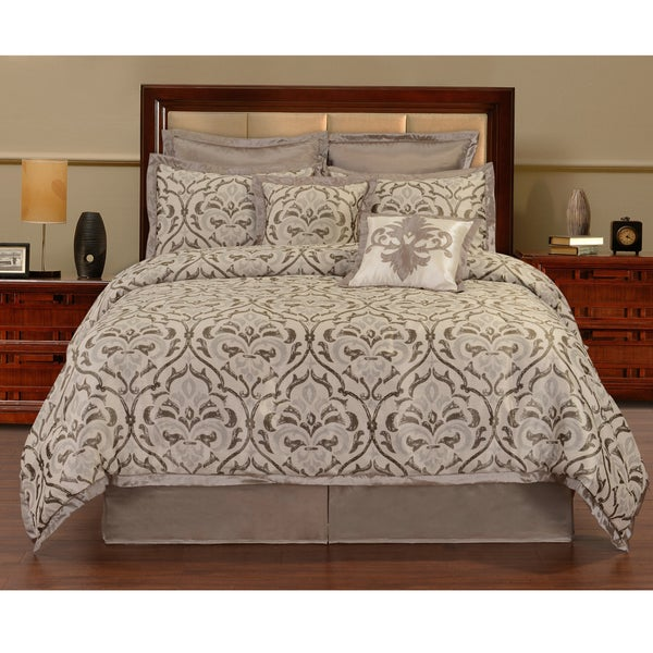 Villa Patina 8-piece Comforter Set