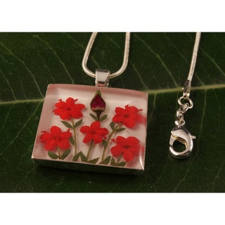Single Rose and Red Flowers Bouquet Pendant (Mexico)
