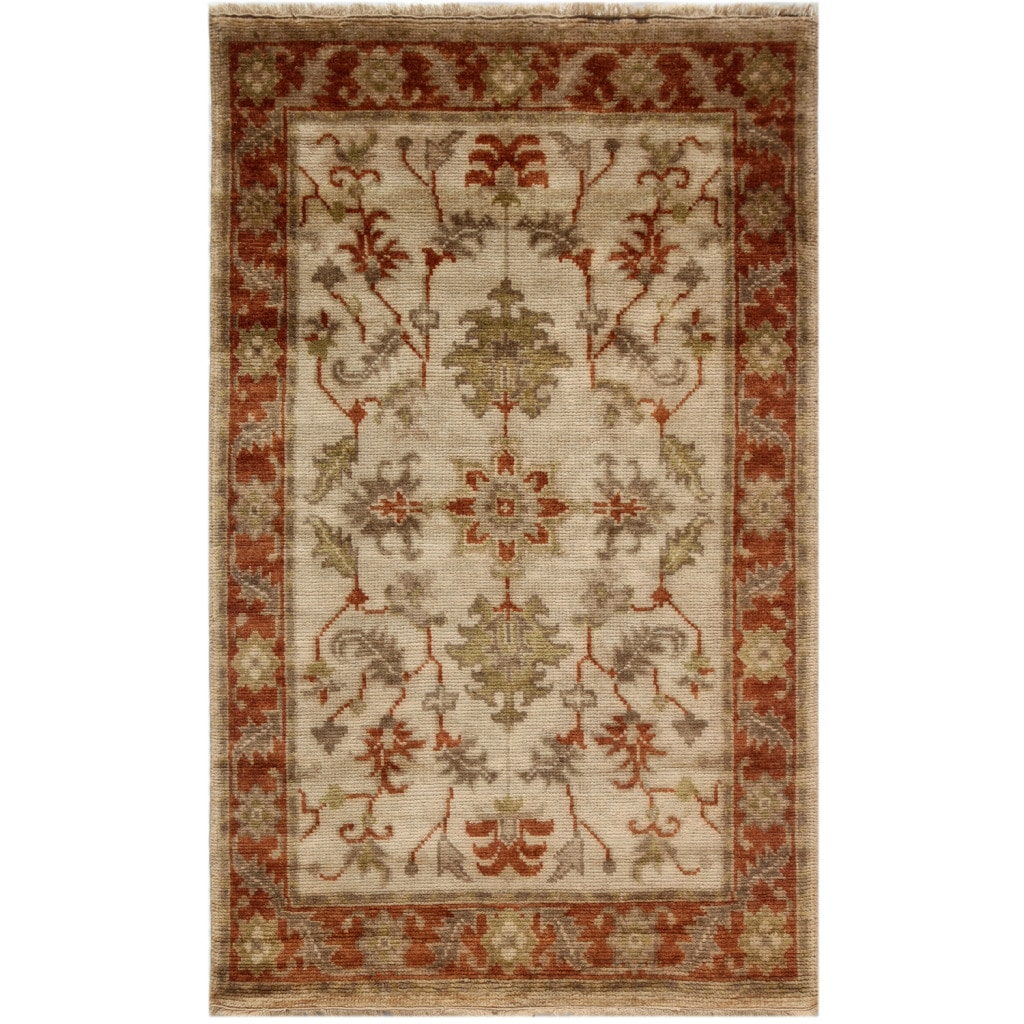 Hand-knotted Oriental Medium Ivory Wool Rug (5'3 x 8'3)