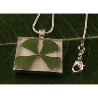 Square Four-leaf Clover Necklace (Mexico)