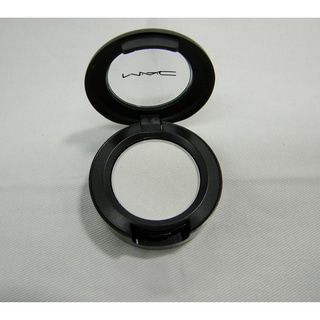 MAC 'White Frost' Eye Shadow (Unboxed)