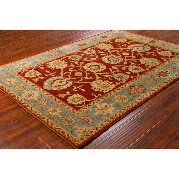 Mandara Hand-knotted Oriental Wool Rug (5' x 7'6)