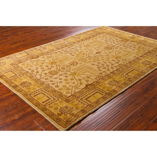Mandara Hand-knotted Oriental Wool Rug (5' x 7'6)