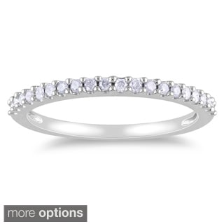 Miadora 10k White Gold 1/5ct TDW Diamond Eternity Wedding Band Ring with Bonus Earrings