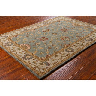 Mandara Hand-Tufted Traditional Gray Wool Oriental Rug