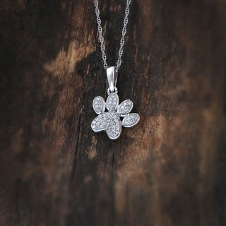 De Couer 10k White Gold 1/8ct TDW Dog Paw Print Necklace (H-I, I2)