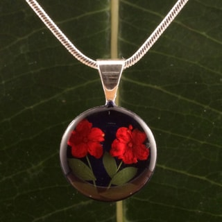 Red Flowers Duo Round Pendant (Mexico)