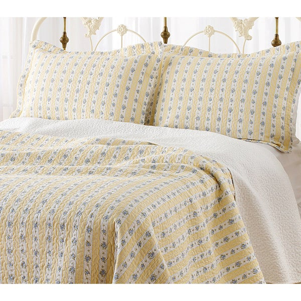Laura Ashley Primrose Hill 3-piece Quilt Set