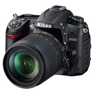 Nikon D7000 Digital SLR Camera with AF-S DX 18-105mm Lens