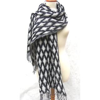 Handwoven Merino Wool Black/ White Diamond Motif Shawl (India)