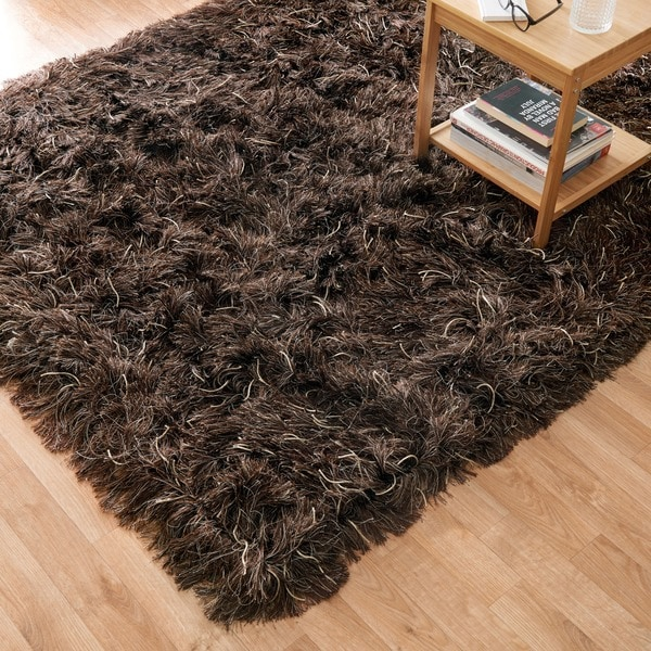 Hand-woven Lux Brown Shag Rug (7'6 x 9'6)