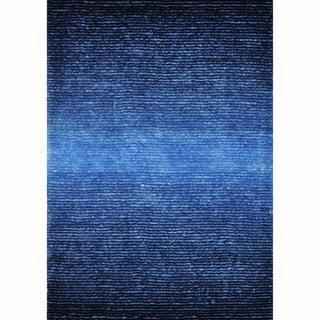 Hand-tufted Josephine Blue Rug (5' x 7'6)
