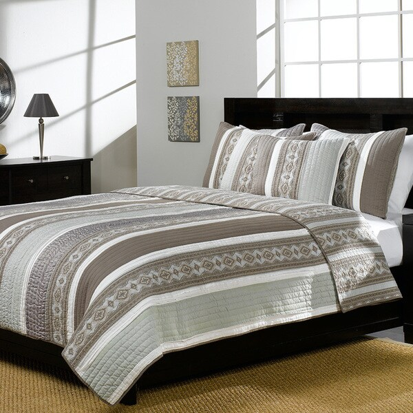 Cascade Green 3-piece Quilt Set
