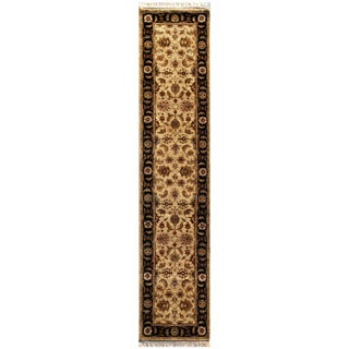 Hand-knotted Oriental Sand Wool Runner Rug (2'6 x 10')