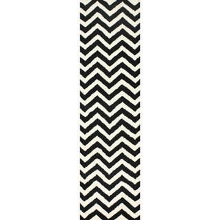 nuLOOM Hand-tufted Spectrum Chevron Wool Runner (2'6 x 10')