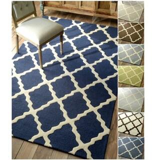 nuLOOM Hand-hooked Alexa Moroccan Trellis Wool Rug (9'6 x 13'6)