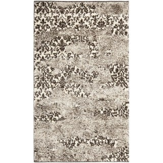 Deco-Inspired Beige/Light Gray Accent Rug (2'6
