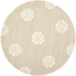 Handmade Soho Medallion Beige N. Z. Wool Rug (6' Round)