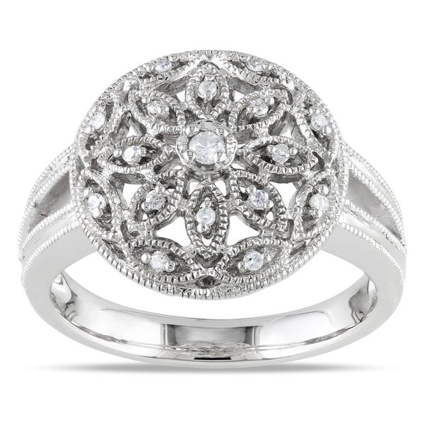 Sterling Silver 1/10ct TDW Diamond Ring (G-H, I1-I2)