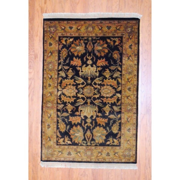Indo Hand-knotted Mahal Navy/ Salmon Wool Rug (4'1 x 6'1)