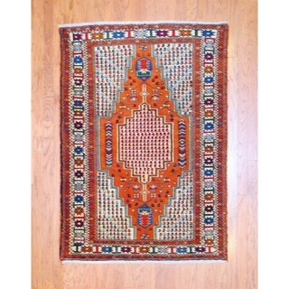Persian Hand-knotted Tribal Kurdish Rust/ Ivory Wool Rug (4'3 x 6')