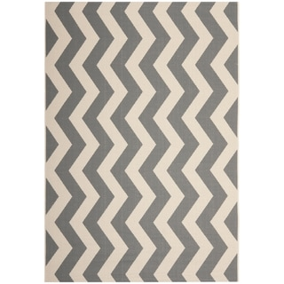 Safavieh Courtyard Grey/Beige Zig-Zag Indoor-Outdoor Rug