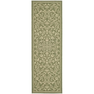 Safavieh Olive/ Natural Indoor/ Outdoor Runner Rug (2'2 x 12')