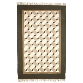 Beige, Brown, and Gray Flatweave Basketweave 100-percent Egyptian Wool Rug (6'x9')