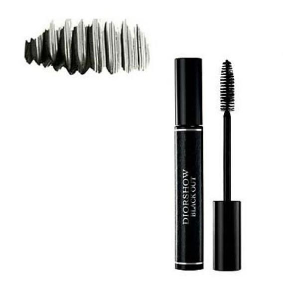 Diorshow Black Out Spectacular Volume Intensive Black Mascara