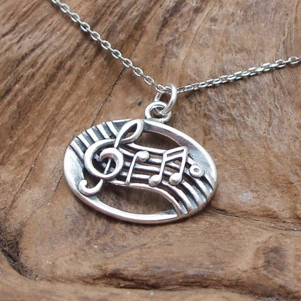Musical Notes Oval Link Sterling Silver Necklace (Thailand)