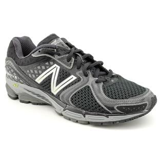 New Balance Men's Black 'M1260v2' Mesh Athletic Shoe