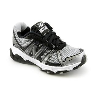 New Balance Boy&#39;s &#39;KJ689&#39; Mesh Athletic Shoe