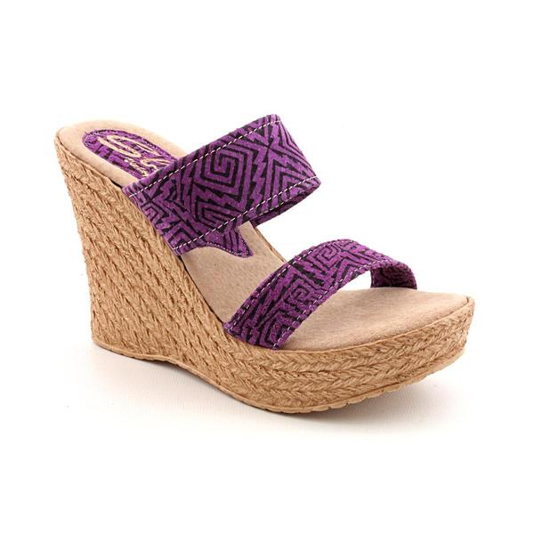 Sbicca Women's 'Kelli' Leather Sandals