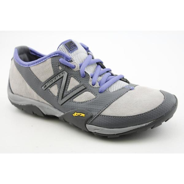 New Balance Women's 'WO20' Nubuck Athletic Shoe