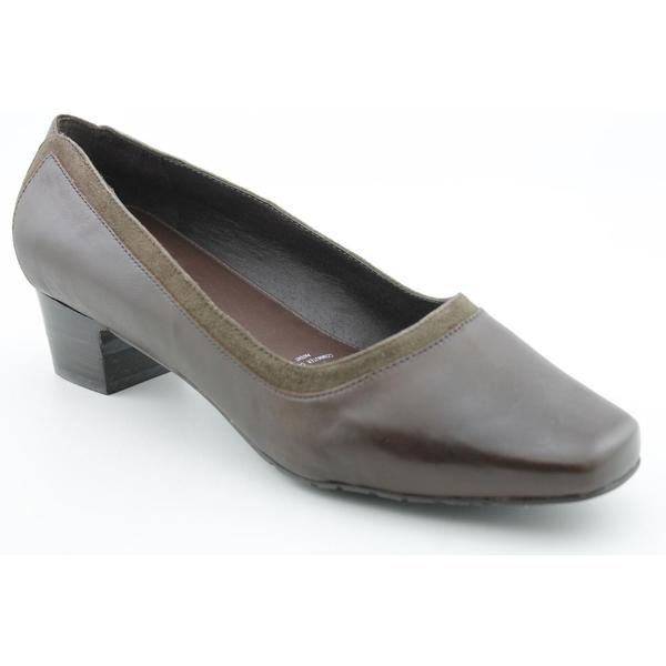 Barefoot Freedom by Drew Women's 'Alicia' Leather Dress Shoes Wide