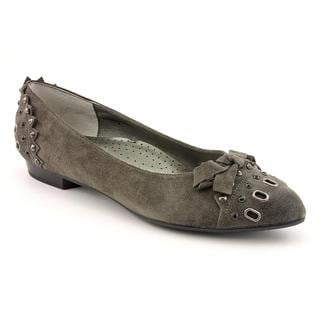Vero Women's 'Thisbe' Regular Suede Casual Shoes