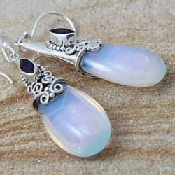 Sterling Silver Moonstone/ Amethyst Marquise Dangle Earrings (Indonesia)