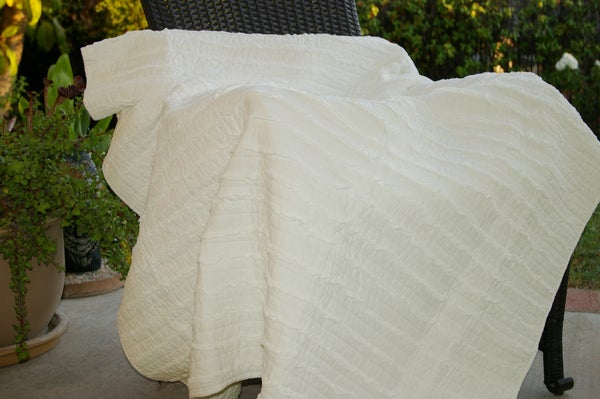 Greenland Home Fashions Ruffled Ivory Quilted Throw