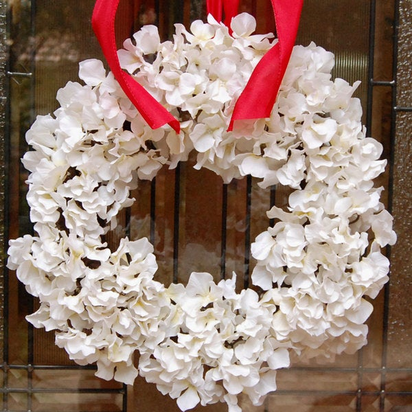 Winter White Holiday Christmas Hydrangea Flower Wreath