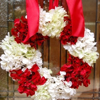 Holiday Christmas Hydrangea Flower Wreath