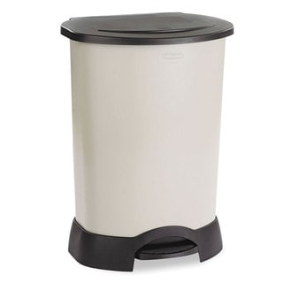 Rubbermaid 30-gallon Step-on Plastic Container