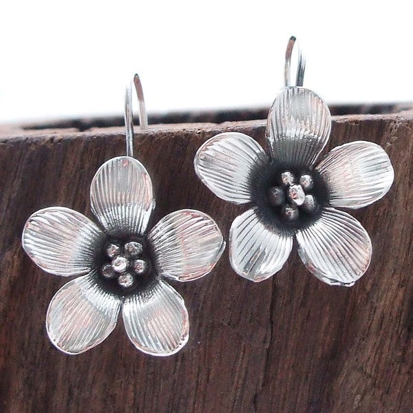 Beautiful Detailed 3D Flower Silver Earrings (Thailand)
