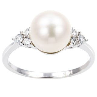 Miadora 14k White Gold FW Pearl and 1/8ct TDW Diamond Ring (G-H, I1-I2)